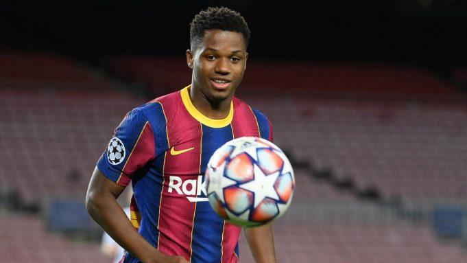 Ansu Fati (4 gol) - Bocah ajaib ini tampil memukau di setiap laganya bersama Barcelona. Namun nahas, Ansu Fati harus menepi selama empat bulan akibat cedera yang dialaminya pada laga Barcelona menghadapi Real Betis beberapa waktu lalu.