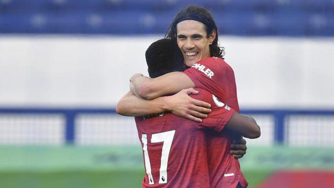 Penyerang Manchester United, Edinson Cavani, merayakan gol yang dicetaknya ke gawang Everton pada laga lanjutan Liga Inggris di Goodison Park Stadium, Sabtu (7/11/2020) malam WIB. Manchester United menang 3-1 atas Everton