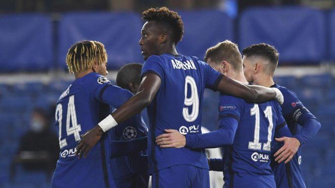 Pemain Chelsea merayakan gol yang dicetak Timo Werner ke gawang Rennes pada laga lanjutan Liga Champions 2020/2021 di Stadion Stamford Bridge, Kamis (5/11/2020) dini hari WIB. Chelsea menang 3-0 atas Rennes