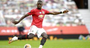 Pemain Manchester United, Paul Pogba, melepaskan tendangan saat melawan Bournemouth pada laga Premier League di Stadion Old Trafford Sabtu (4/6/2020). Manchester United menang 5-2 atas Bournemouth