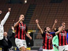 Penyerang AC Milan, Zlatan Ibrahimovic, merayakan kemenangan atas Inter Milan pada laga lanjutan Liga Italia di Stadion San Siro, Sabtu (17/10/2020) malam WIB. Dalam laga Derby Della Madonnina ini, AC Milan menang 2-1 atas Inter Milan.