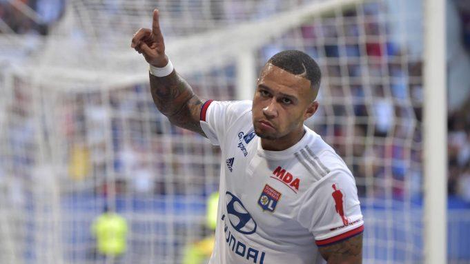 Memphis Depay - Pemain berusia 26 tahun ini dikenal sebagai striker yang cerdik dan pandai memecah konsentrasi pertahanan lawan. Depay sendiri telah menyumbangkan enam gol untuk Lyon di Liga Champions.